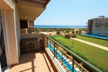 Thalassa Beach Resort i Bafra